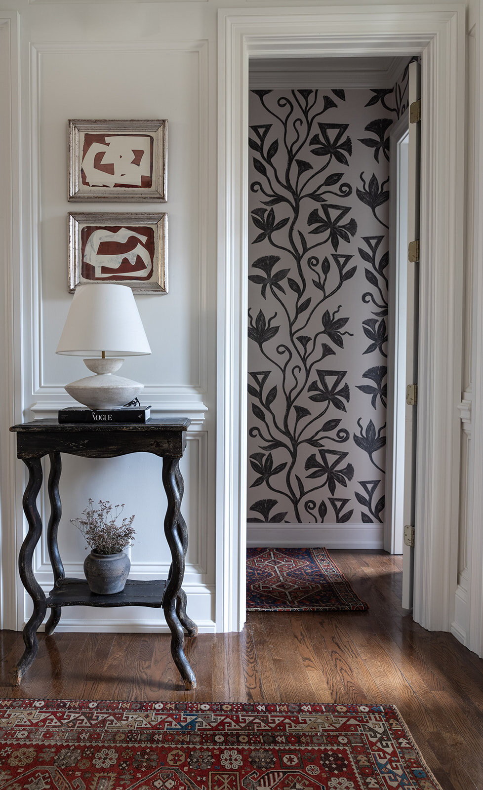floral wallpaper, entry interior design, curved console table