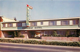 Project Reveal : Broadway Motel