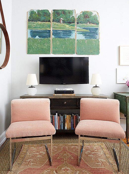 TV Console styling, media console styling, small space living room, apartment design ideas