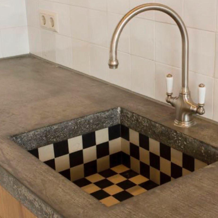 Checkerboard sink