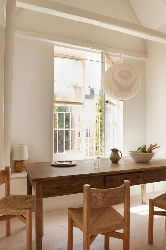 noguchi paper lantern scandinavian design dining room