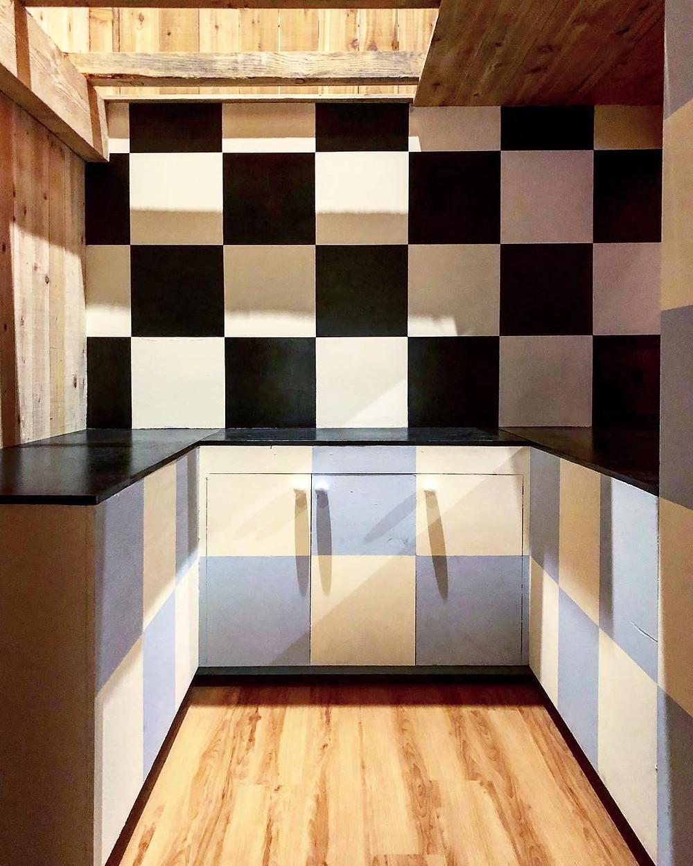 Checkerboard kitchen