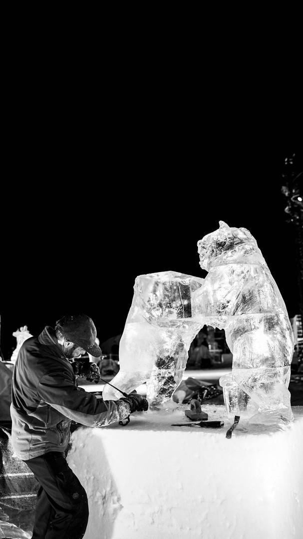 Sculpteur de Glace Valloire.jpg