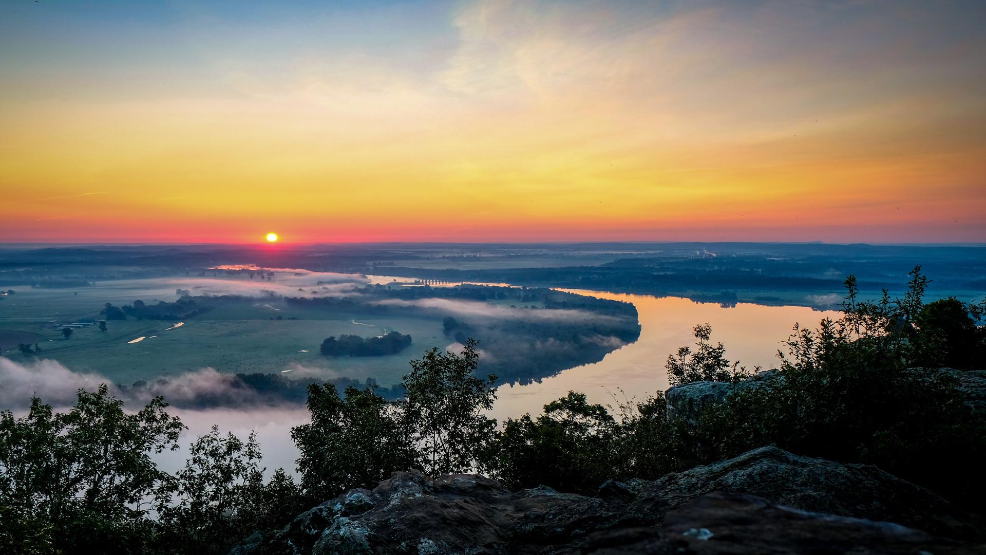 petit jean sunrise -1310.jpg
