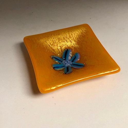 Golden Flower Ring Plate