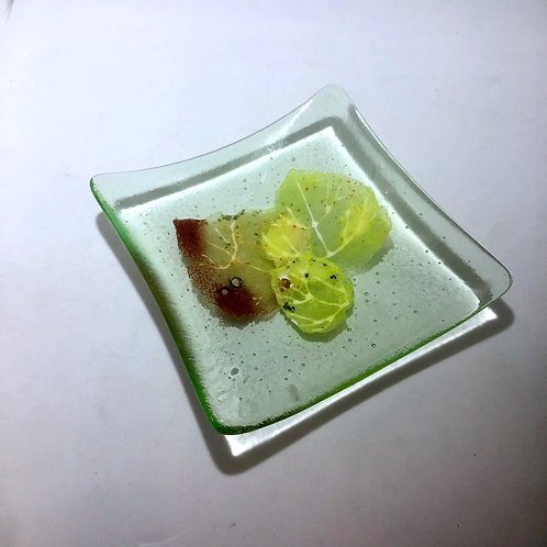 Green Transparent Trio of Leaves Plate