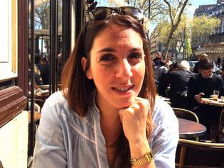 Meet my Parisian friend Caroline!
