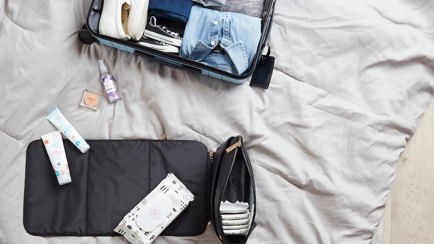 Wir packen den Koffer für den Urlaub