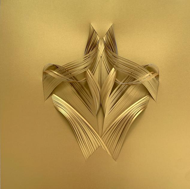 Serie organicidad metálica, oro 04