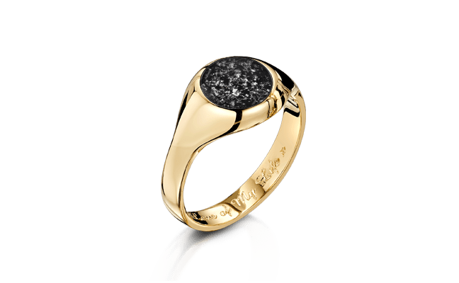 Signet Gold Black