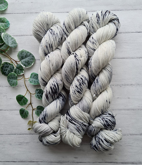 Cookies and Cream 4ply / Sock