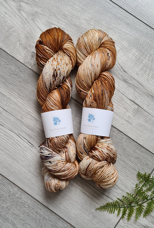 Wren Yarn - Platinum