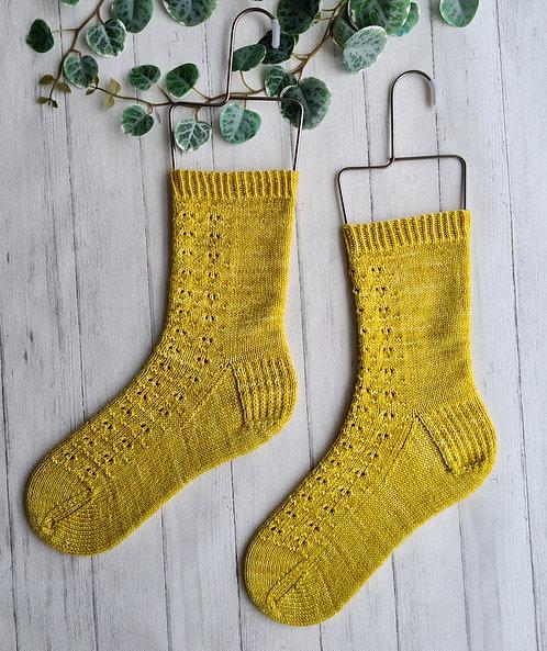 Sandy Ripple Socks Pattern