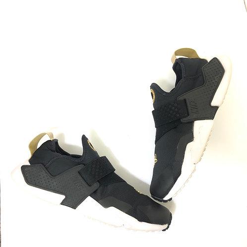 Nike Huarache Women's Sneakers Size 5.5
