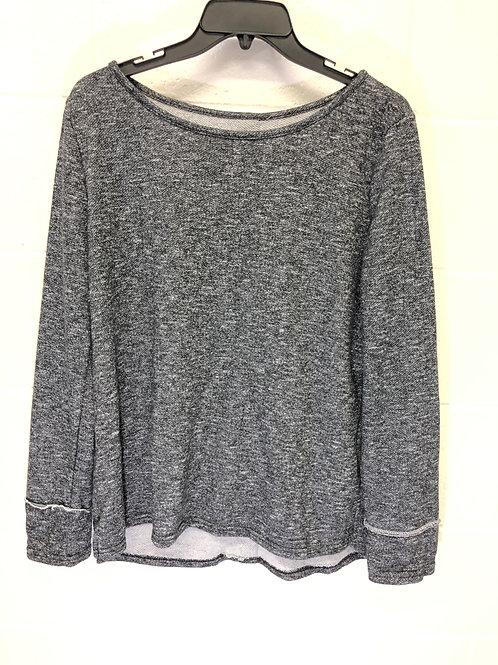 Button back sweatshirt