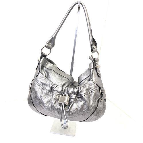 B. Makowsky shoulder bag
