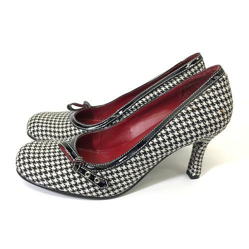 Steve Madden houndstooth heels