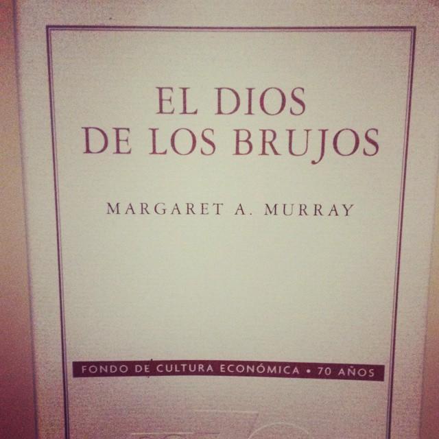 """Instagram - #NowReading """"El dios de los brujos"""" de Margaret Murray: los orígenes"""