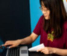 Hiromi Computer (cropped).jpg