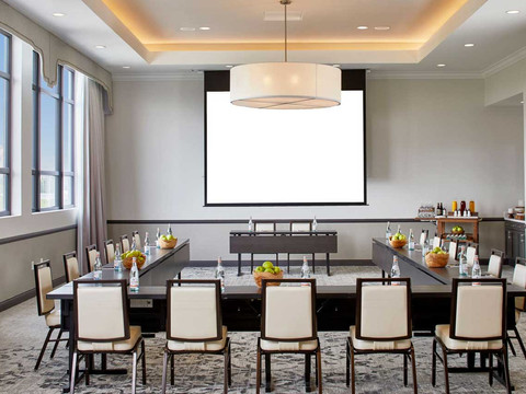 the-edwin-hotel-chattanooga-meeting-room