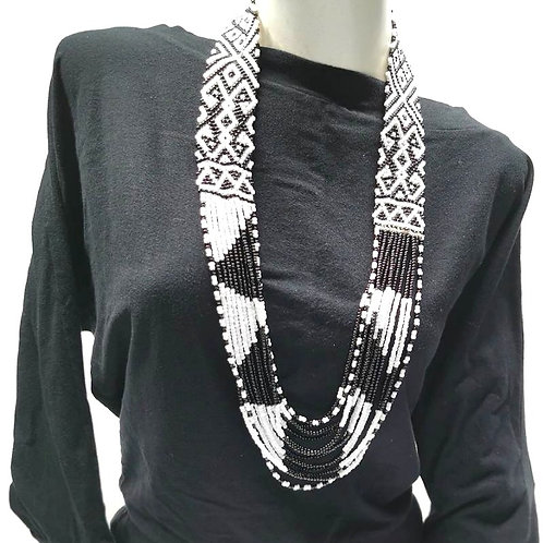 Beads Necklace Black White