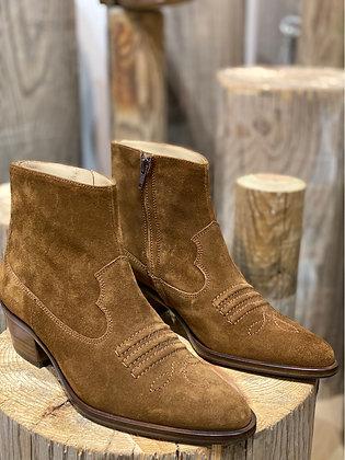 Jane 5 west zip boot