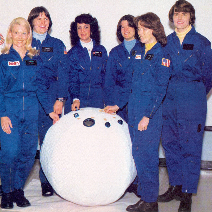 """or """"rescue ball"""" was a device for transporting astronauts from one Space Shuttle to another in case of an emergency. It was produced as a prototype but never flew on any missions.The ball was 36 inches (86 cm) in diameter and had a volume of 0.33 cubic meters"""