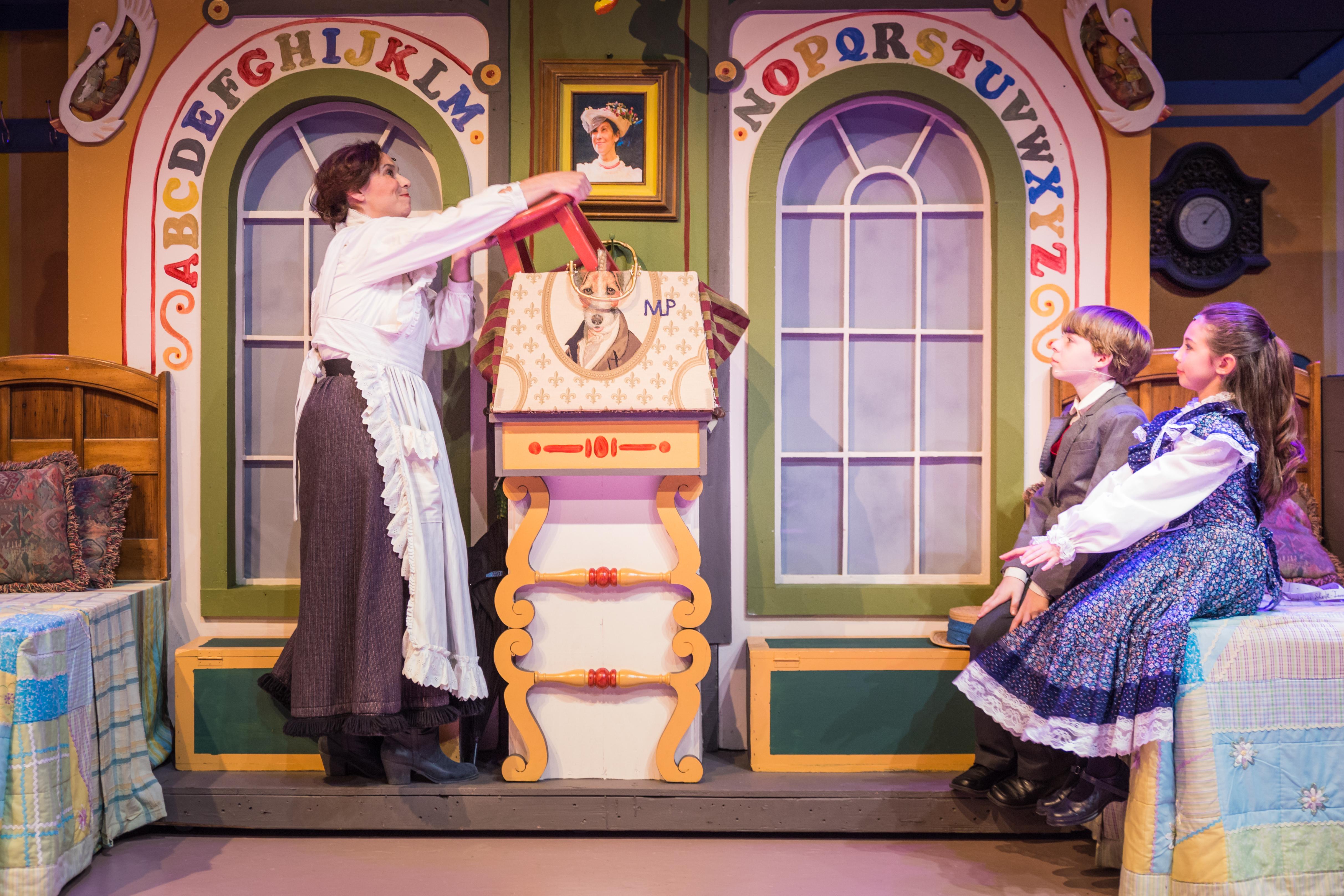 Mary Poppins-13