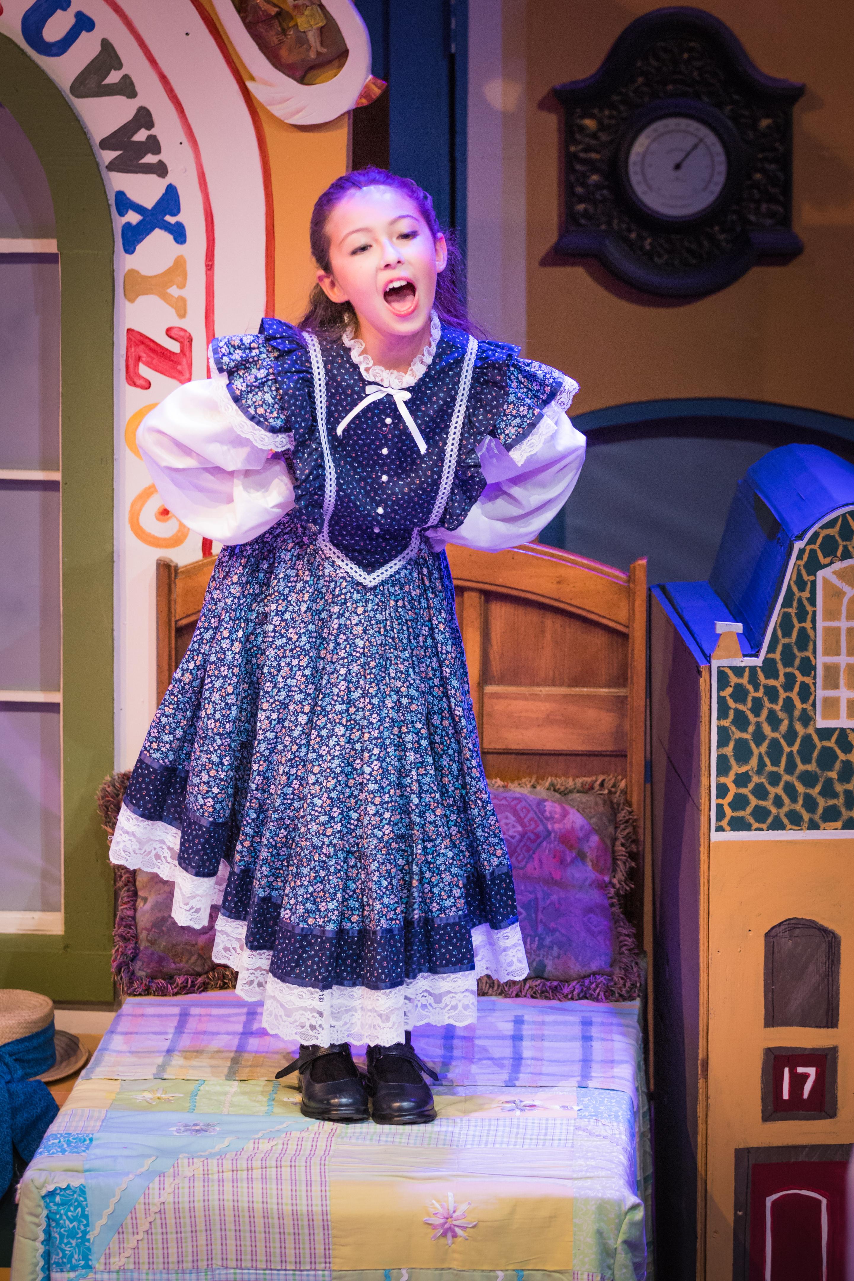 Mary Poppins-14