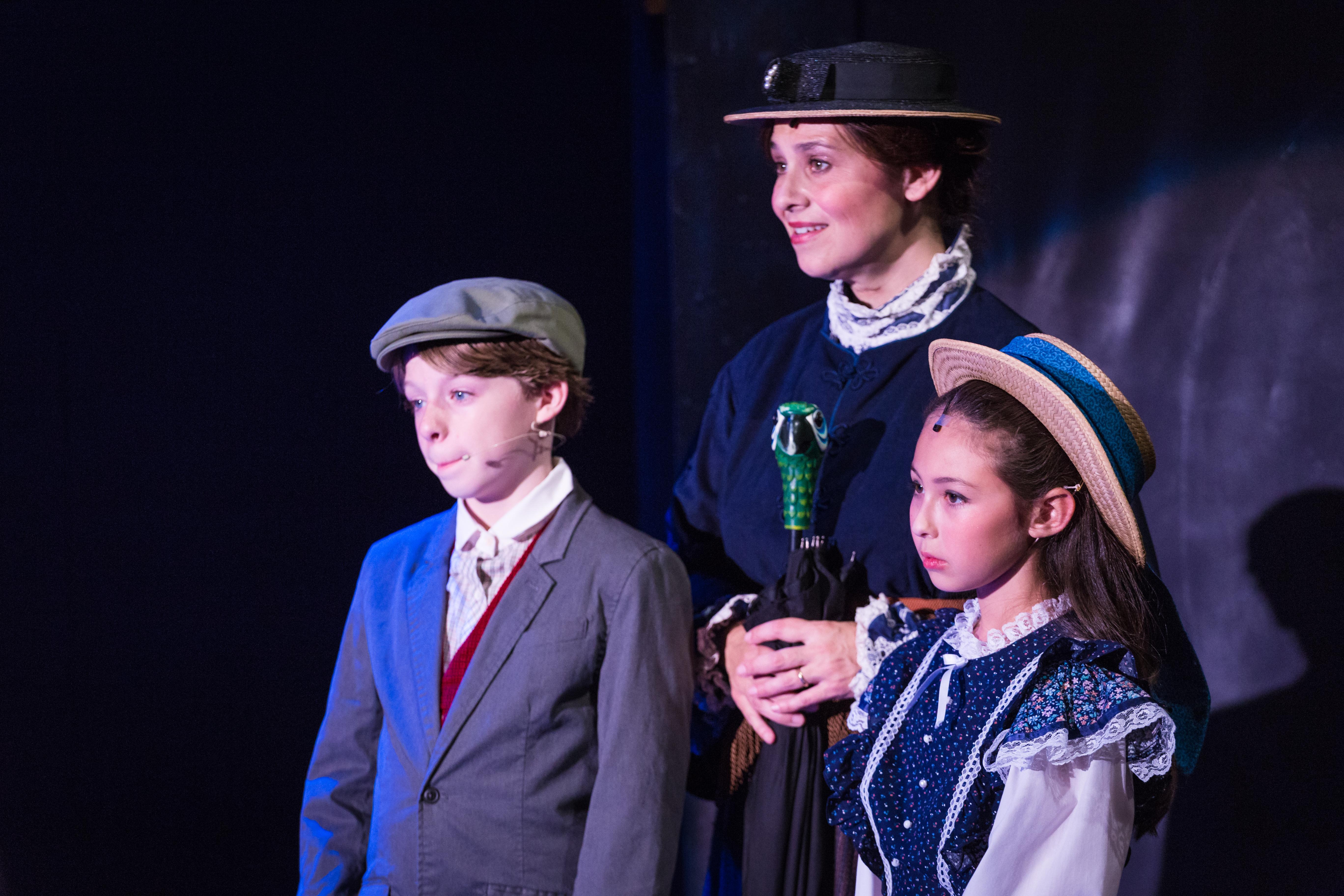 Mary Poppins-48