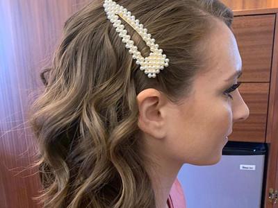 Love a good hair accessory!