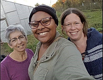 Women-In-Ag Farm Development Center is an incubator farm located on the campus of Ascension Genesys Hospital in Grand Blanc, MI. It is a two acre farm that follows Organic practices and participates i