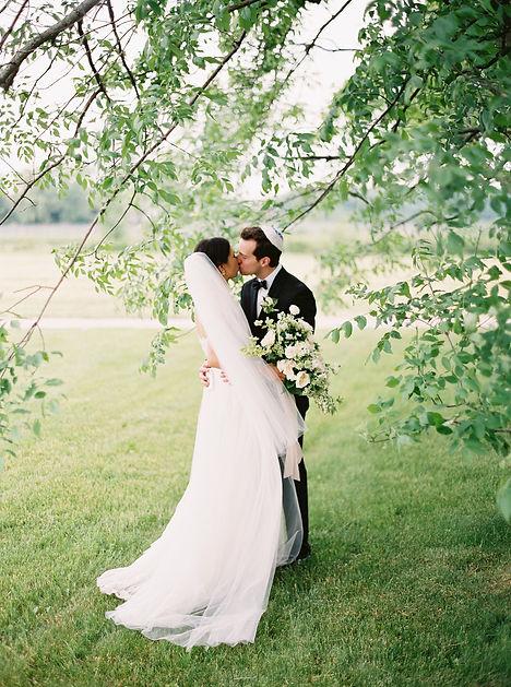 0128-When-He-Found-Her-Vineyard-Wedding-