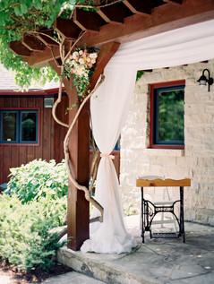 0064-Rhiannon-Travis-Married.jpg