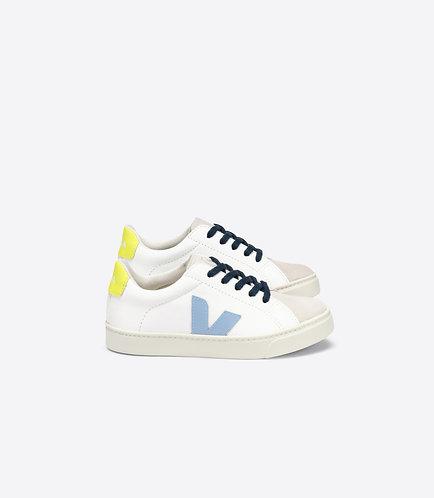 """""""Small Esplar Lace"""" Veja Sneaker"""