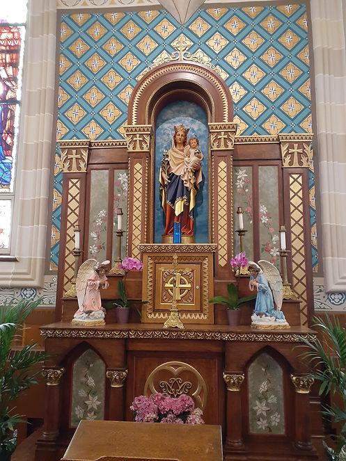 marian altar april 2021.jpg