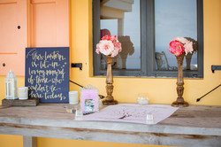 Romantic Guest Book Table _ Photo by Lin