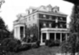 A side view of the University Club as seen in 1952