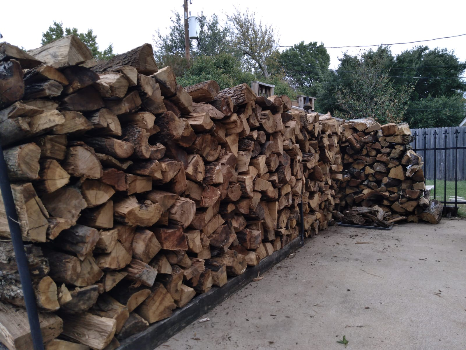 GI-Mow | Firewood Delivered and Stacked