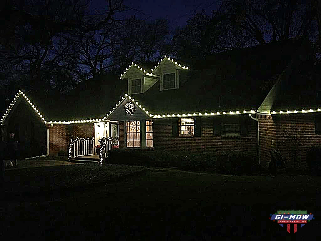GI-Mow | C9 Christmas Light Installation