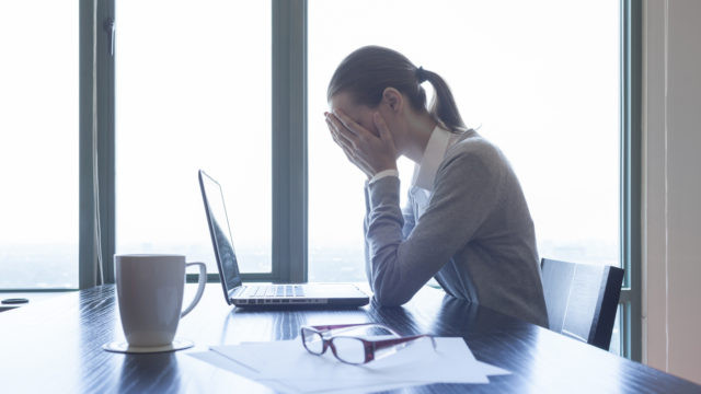 How to deal with bullies in the workplace