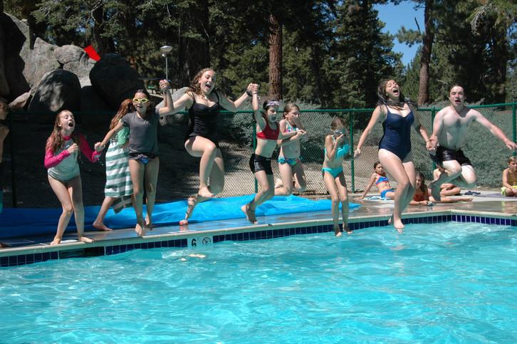 Brecha - Swimming Pool