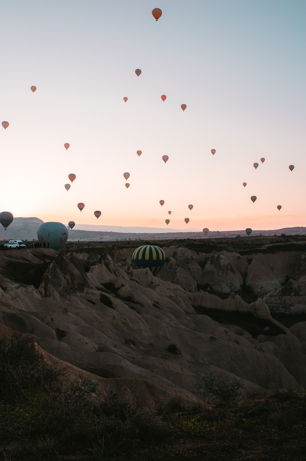 how much does a hot air balloon ride cost in cappadocia