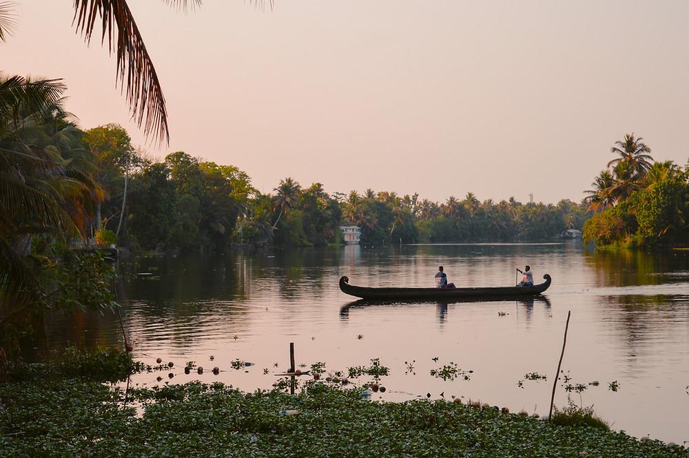 kerala backwaters, alleppey, alappuzha, kerala backwaters tour, kerala backwaters resort, kerala backwaters houseboat rates, alleppey backwaters, name of backwaters in kerala, backwaters routes kerala