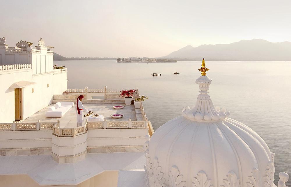 taj lake palace hotel rooftop