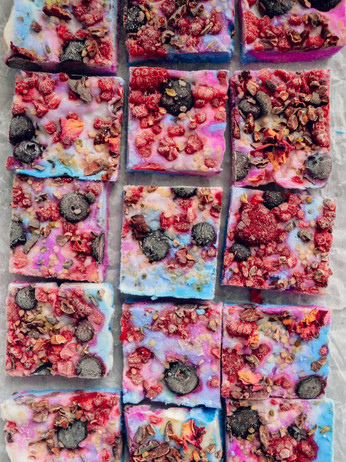 Galaxy Frozen Yogurt Bark