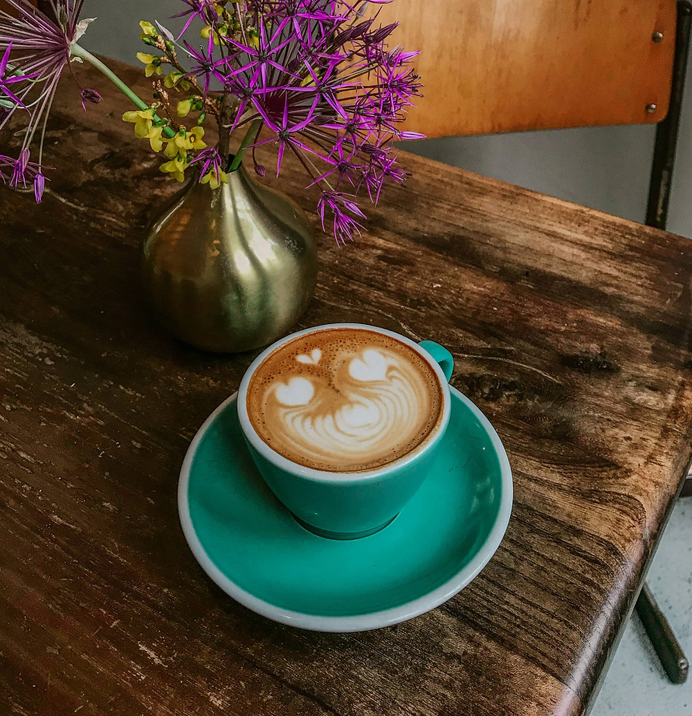 best coffee places amsterdam, amsterdam best cafes, speciality coffee amsterdam