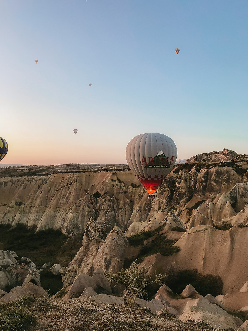 how much does a hot air balloon ride in cappadocia cost