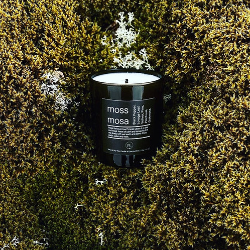 STILL Soy Wax Candle (moss)