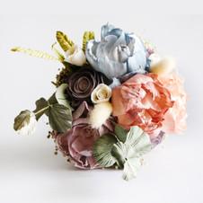 Sola Bouquet